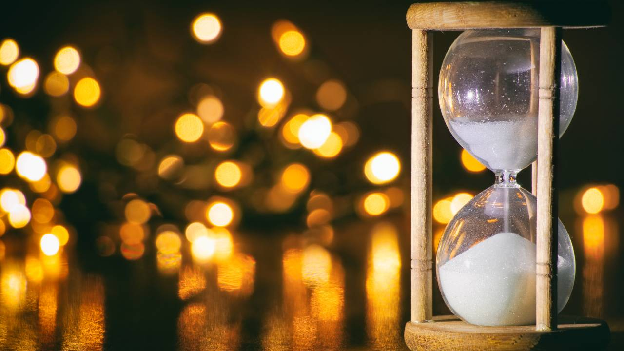 Hour Glass Lights